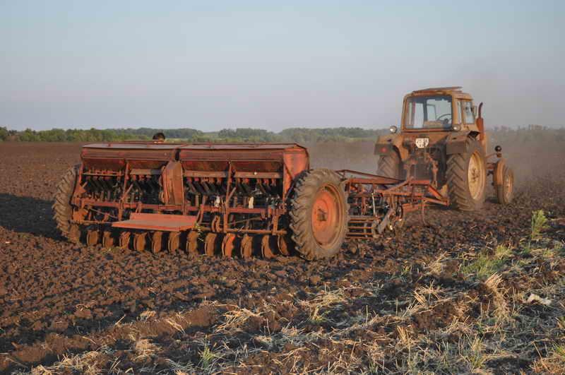 Сцепка трактор культиватор сеялка
